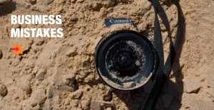 Camera in the sand - major business mistake (C) Luc Hosten