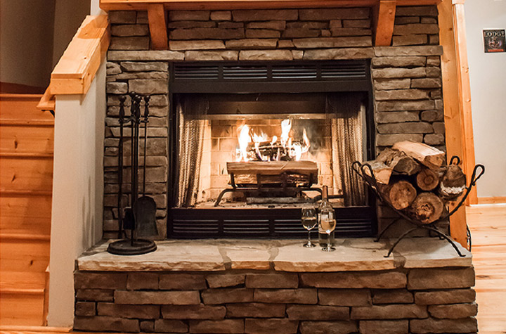 Simple staging of a fireplace