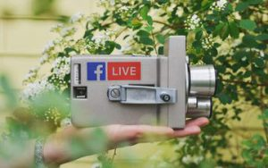 5 Ways to Help Your Photography Business Stand Out With Facebook Live
